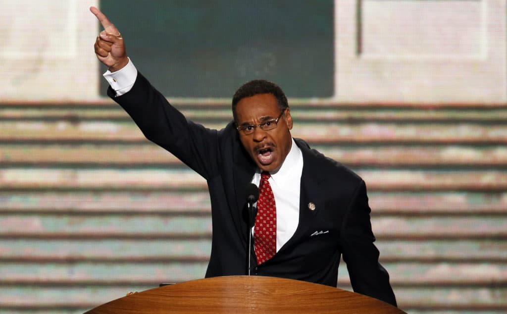 Rep. Emanuel Cleaver Discusses His FRIENDLY Relationship With Steve King 1